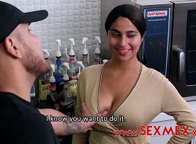 Sexo com mexicana tesuda aceitando a oferta do marmanjo sacana