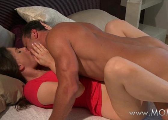 Mature orgasm com um genro fazendo a sogra sentir muito prazer